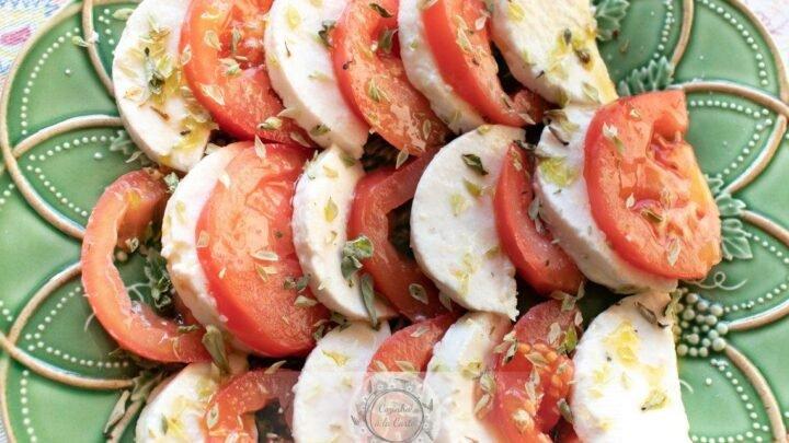 Salada de Tomate e Queijo Fresco de Cabra