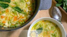 Sopa de Frango com Massa