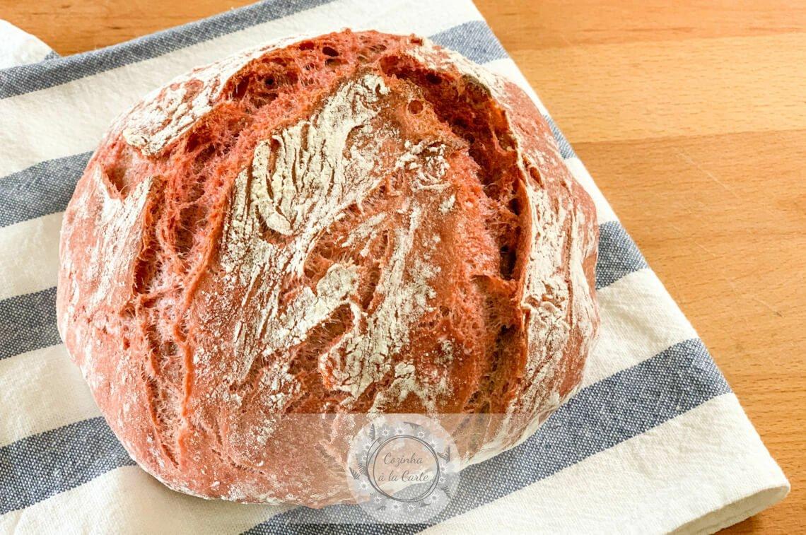 Pão de Beterraba sem Amassar