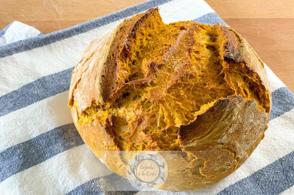 Pão de Açafrão sem Amassar