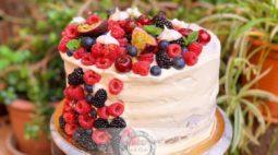 Bolo de Aniversário com Fruta