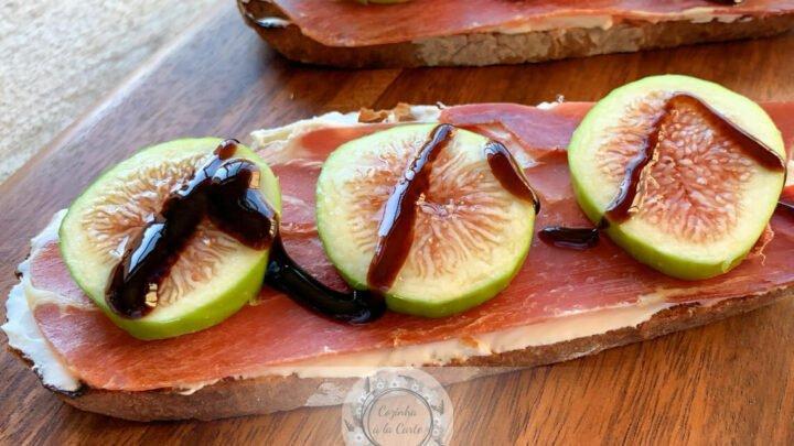 Tapa de Figos com Presunto e Queijo Creme